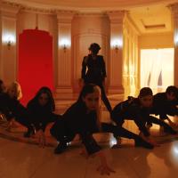 Poison, Pink Fantasy: Quando idols realmente se entregam ao conceito